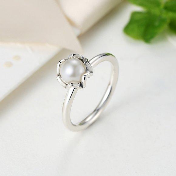 Inel din argint delicat cu Perla Alba