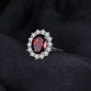 Inel din argint Elegant Garnet