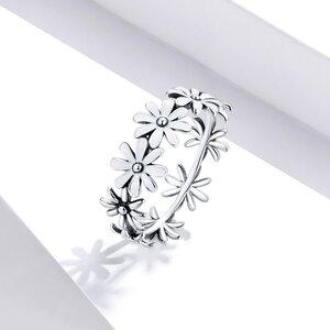 Inel din argint White Daisies