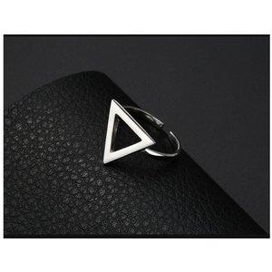 Inel reglabil din argint cu Triunghi