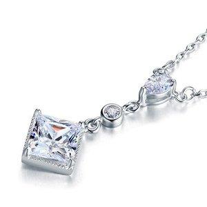 Pandantiv cu lantisor din argint Square Drops