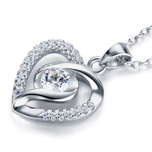 Pandantiv cu lantisor din argint Twisted Diamond Heart