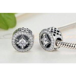 Talisman din argint cu cristale de Epoca