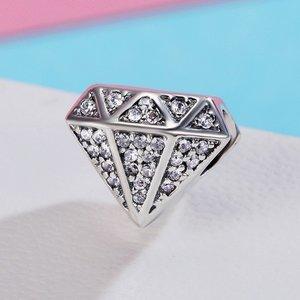 Talisman din argint cu Forma de Diamant