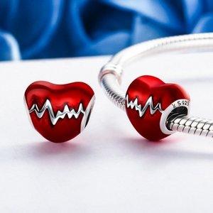 Talisman din argint cu Inima Rosie si Puls
