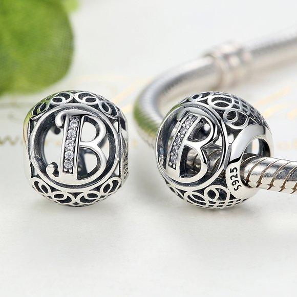 Talisman din argint cu litera B