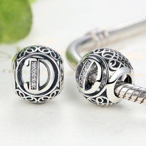 Talisman din argint cu litera D