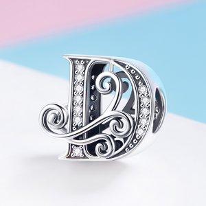 Talisman din argint cu Litera D din Poveste