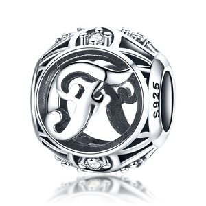 Talisman din argint cu Litera F si cristale