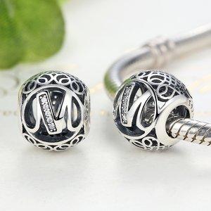 Talisman din argint cu litera M