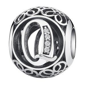 Talisman din argint cu litera Q
