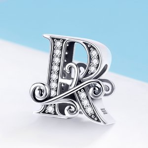 Talisman din argint cu Litera R din Poveste