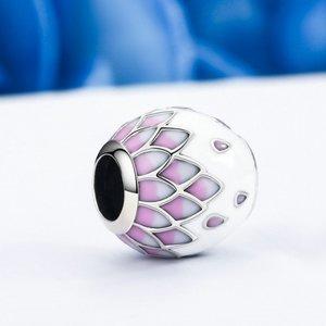 Talisman din argint cu Petale Roz