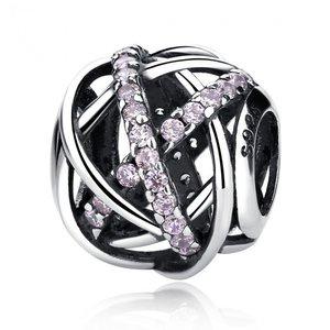 Talisman din argint decupat cu Cristale Roz
