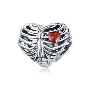 Talisman din argint Gothic Red Heart