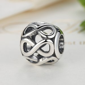 Talisman din argint patinat cu Simbolul Infinitului