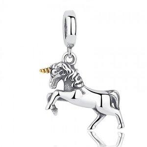 Talisman din argint patinat cu Unicorn de Basm