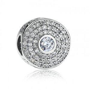 Talisman din argint stralucitor cu Labirint si Cristale Transparente