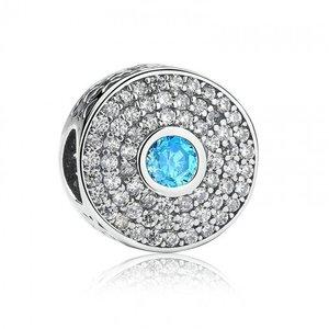 Talisman din argint stralucitor cu Labirint si Cristale Bleu