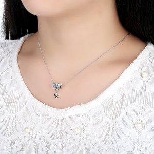 Talisman din argint sub forma de pandantiv cu Fluturasi si Cristale
