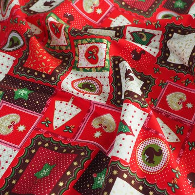 Material bumbac - Christmas Deco Red