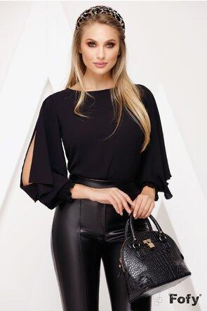 Bluza neagra cu despicatura pe maneca