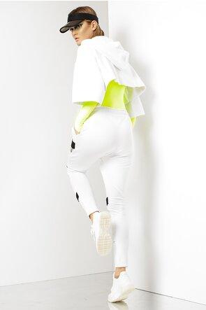 Pantaloni albi cu turul lasat