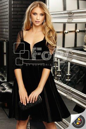 Rochie cloș din catifea neagră