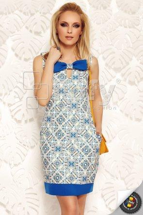 Rochie elegantă cu elemente grafice și fundă maxi decorativă