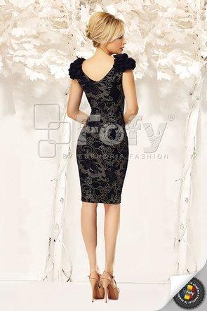 Rochie neagră din catifea cu broderie