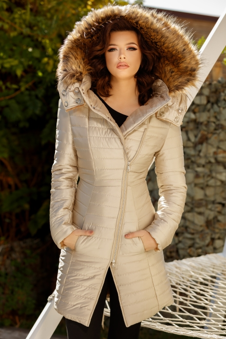 JACHETA DAMA ABSOLUTELY BEIGE DIN COLECTIA FOGGI SHADES OF WINTER