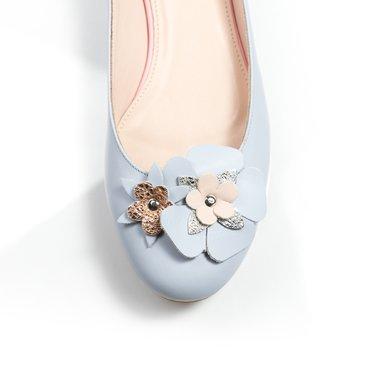 Balerini bleu celest din piele naturala Mango cu aplicatii florale