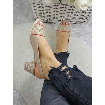 Pantofi decupati bej Air
