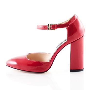 Pantofi decupati lac rosu Ana