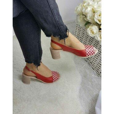 Pantofi decupati rosii Air