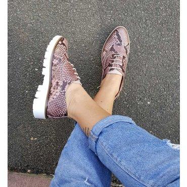 Pantofi din piele naturala imprimeu Young Smart