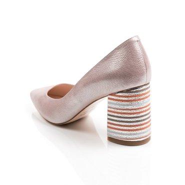 Pantofi roz sidefat din piele naturala Good