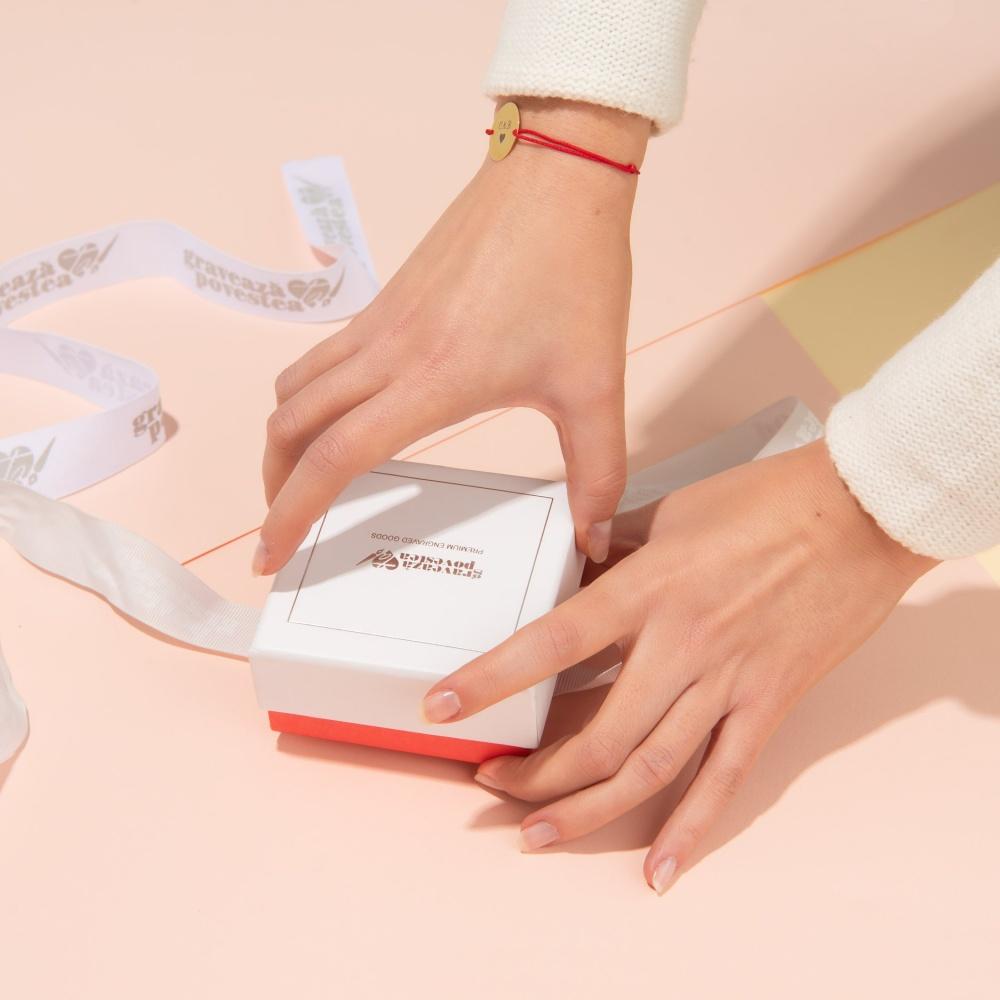 Idei cadouri Valentine's Day - Bijuterii gravate pentru Ziua Indragostitilor