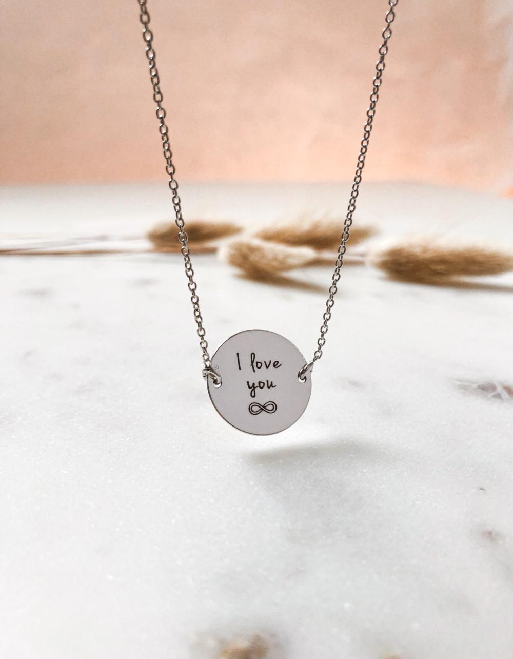 Colier argint gravat - idei cadouri Valentine's Dat pentru iubita. GraveazaPovesteaTa.ro