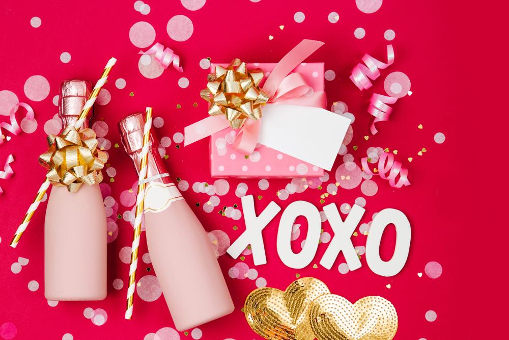 Idei de cadouri pentru petrecerea burlacitelor - cadouri tematice si simbolice