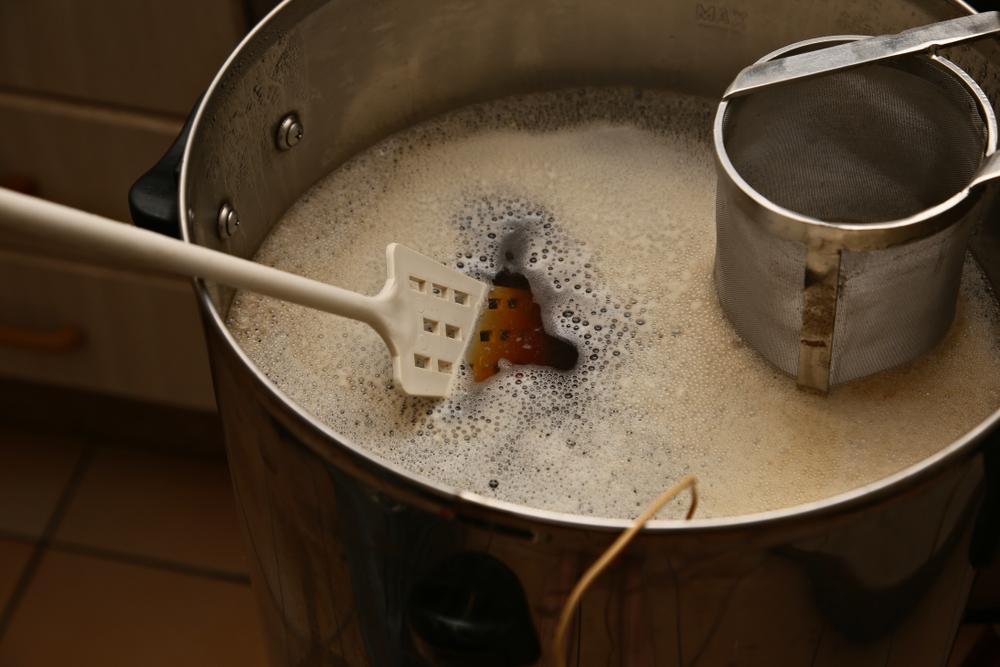 Idei de cadouri pentru baieti - de la cel mai bun prieten - un kit de bere artizanala