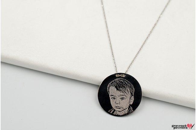 Colier lantisor trecut prin banut 20 mm personalizat gravura foto Argint 925 rodiat