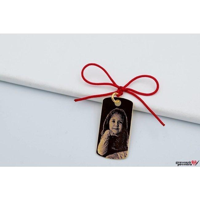 Pandantiv placuta 28 mm personzalizata gravura foto Aur 14K