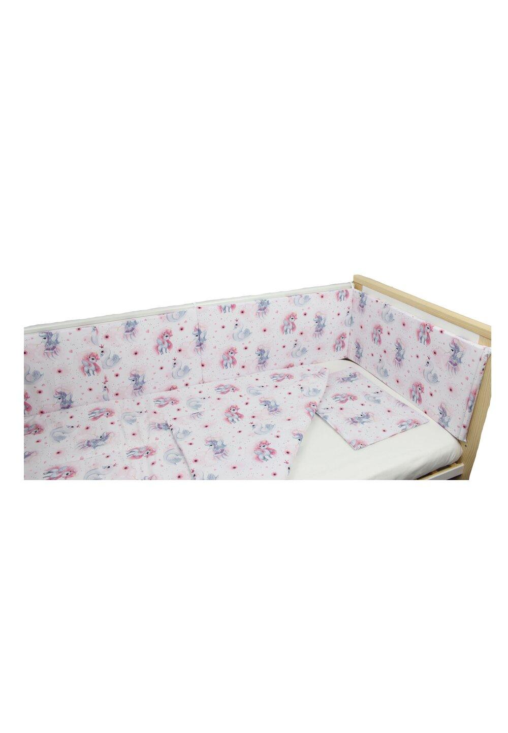 Lenjerie 4 piese, Unicornul roz, 120x60cm imagine