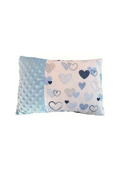 Perna, minky, alb cu inimioare albastre, 30x40cm