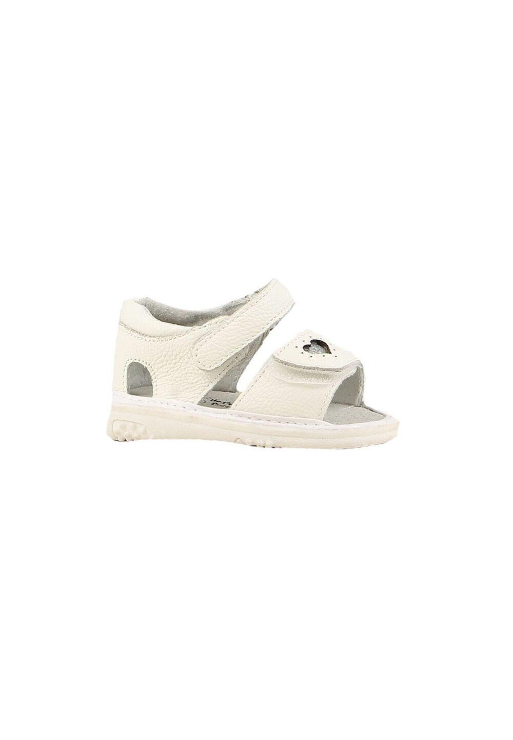 Sandale, ivory cu inimioara imagine