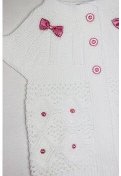 Vesta tricotata, alba cu fundita roz