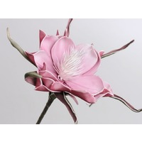 Floare din spuma roz