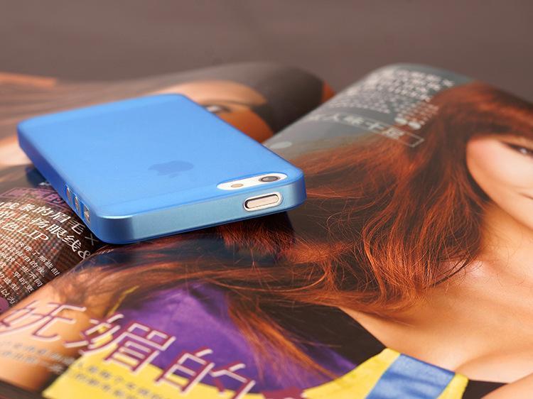 Husa-Ultrathin-Matte-iphone-5-5s-se 2