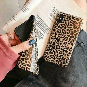 Husa din silicon moale cu print leopard pentru iPhone X/XS Brown